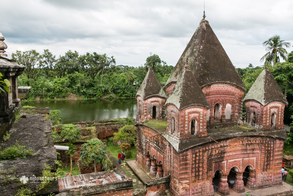 Temple village Puthia in Bangladesh, full of beautiful Hindu temples. Number ten among the best places to visit in Bangladesh.