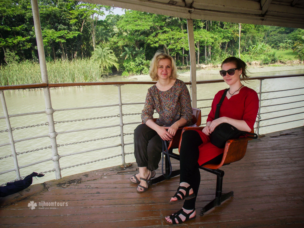 Hilde Steen at Sundarbans with a fellow traveler