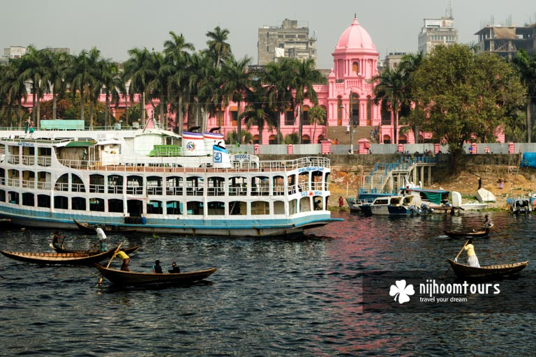 Photo of a river view of Ahsan Manzil (Pink Palace)